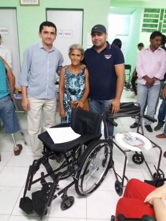 Prefeitura de Floresta realiza entrega de equipamentos ortopédico e material para os ACS.