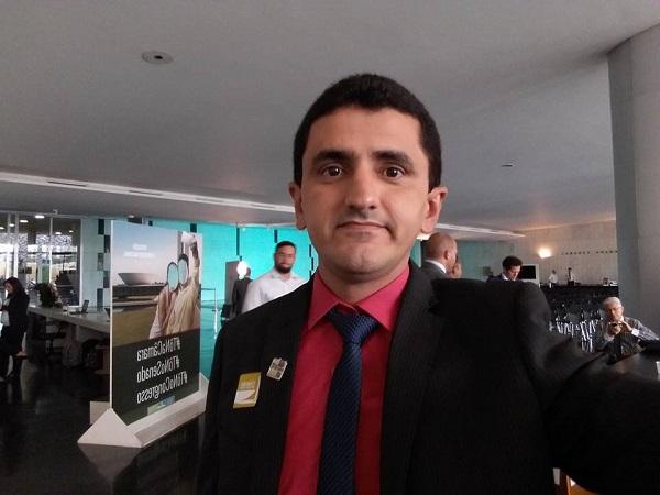 Prefeito de Floresta Milton Rodrigues participa de encontro em Brasília
