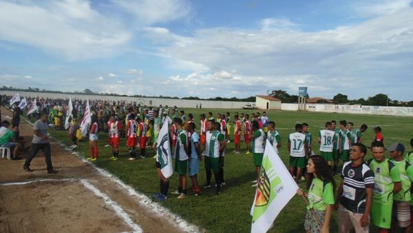 Campeonato municipal de futebol tem início em Santo Inácio