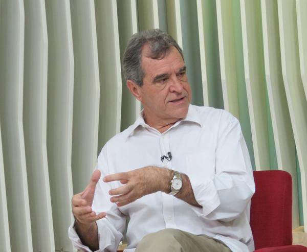 Ex-ministro da Saúde, Agenor Álvares (foto ; cidadeverde.com