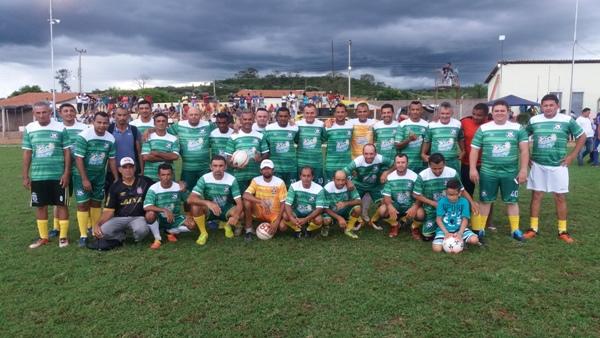 Seleção Máster de futebol de Santo Inácio perde para seleção de Oeiras