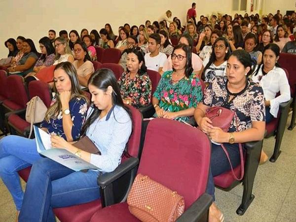 Seminário do programa Bolsa Família foi realizado em  Oeiras