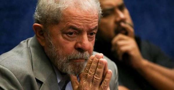 Maioria do TSE rejeita pedido de candidatura de Lula à presidência