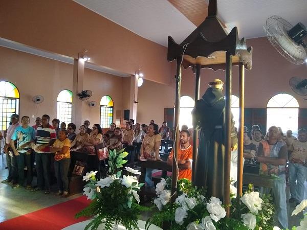 Inicio das Festas de São Francisco de Assis em Campina-PI
