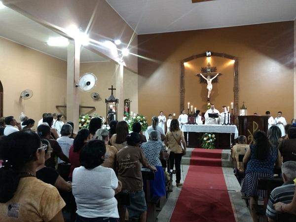 Paróquia Celebra penúltima noite de novena a São Francisco em Campinas