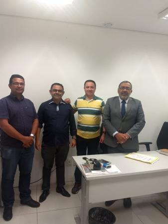 Secretário de administração participa de audiência com Eletrobras no PROCON/MP-PI