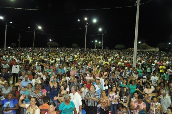 Festa de Santa Isabel reúne multidão de fiéis