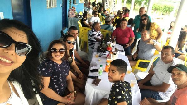 Servidores da secretaria municipal de saúde participam de confraternização