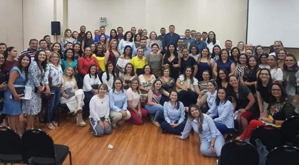 Secretária de saúde de Santo Inácio participa de assembleia em Teresina